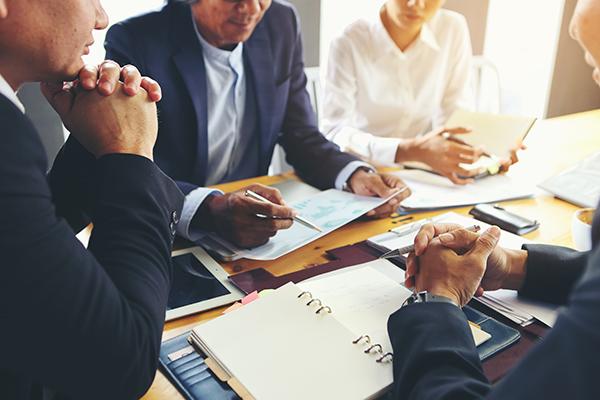 Engager un notaire en droit des affaires sur la Rive-Sud de Montréal